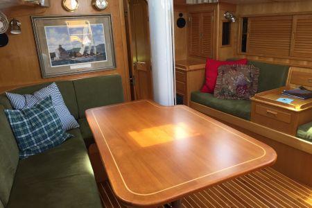 I-Main-Cabin2.jpg