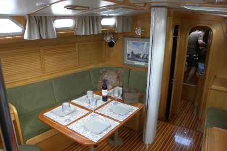 I-Main-Cabin1.jpg