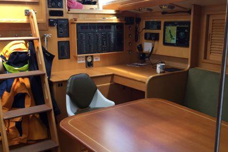 I-Main-Cabin4.jpg